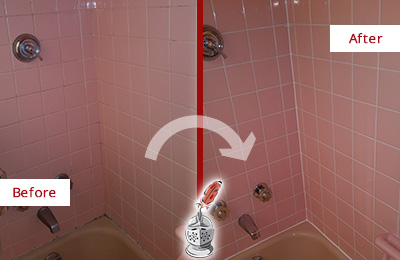 Before and After Picture of a Arcola Bathtub Caulked to Eliminate Mold